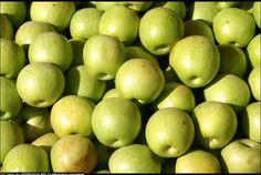markt market green apples | image #14927 by Chris | openphoto.net (BETA)
