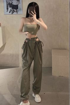Kpop Fashion Outfits, Cute Casual Outfits, Pretty Outfits, Stylish Outfits, Korean Outfit Street Styles, Korean Outfits, Korean Girl Fashion, Look Fashion, Korean Street Fashion