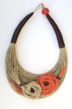 58 Ideas For Wood Jewelry Diy Fabrics Jewelry Crafts, Jewelry Art, Jewelry Necklaces, Jewelry Design, Fabric Necklace, Diy Necklace, Textile Jewelry, Fabric Jewelry, Handmade Necklaces