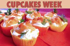 """La recette: Cupcakes Saumon fumé & Fromage blanc, via le site """"Les Recettes de ma Mère"""" (cupcake,déco,décoration,entrée,fromage,halavi).  http://lesrecettesdemamere.net/recette/cupcakes-saumon-fume-fromage-blanc/"""
