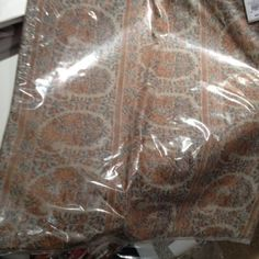 Pottery-Barn-Adriana-Jacquard-Pillow-Cover-Wool-Paisley-18-sq-Red-Adrianna-New