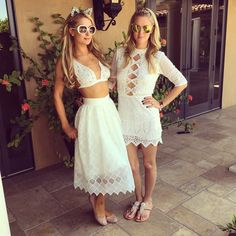 @ParisHilton & @hilton0187 are #Coachella / #Coachella2015 #Twins, in matching @freepeople ! #Beauty #FP #FreePeople #NickyHilton #ParisHilton #Syle