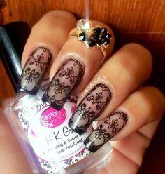 Lace nails | via Facebook