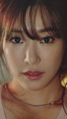 Tiffany Hwang, agora Young, sendo a mulher mais linda do mundo e choca total de 0 pessoas.