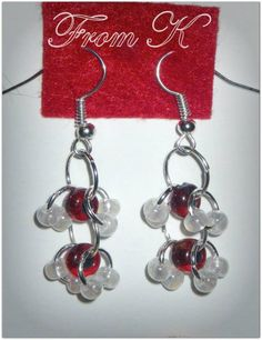 Chainmaille technique earrings with Czech larger seed beads. 3 cm long with ear wear 7 RON Eros) Beaded Earrings, Beaded Jewelry, Drop Earrings, Chainmaille, Seed Beads, Larger, Accessories, Ear Rings, Pearl Jewelry