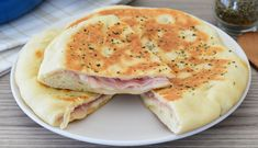 Talianska plnená placka z panvice, lepšia ako pizza Antipasto, Dessert Recipes, Desserts, Ricotta, Pizza, Cheese, Breakfast, Ethnic Recipes, Food