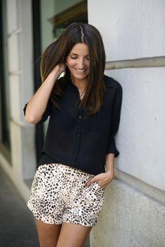 Summer Essential: basic patterned shorts