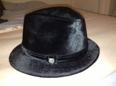 Philip Treacy mens Trilby hat (L) - very low start price! Trilby Hats, Men's Fashion, Fashion Outfits, Philip Treacy, Sartorialist, Baby Items, Mad, Moda Masculina, Mens Fashion