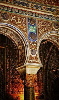 Sevilla Palace of Alcázar, Seville, Spain Spanish Architecture, Islamic Architecture, Beautiful Architecture, Beautiful Buildings, Architecture Details, Menorca, Wonderful Places, Beautiful Places, Seville Spain