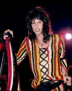Young Steven Tyler of Aerosmith Blues Rock, Hard Rock, Heavy Metal, Tyler Young, Liv Tyler 90s, Musical Hair, Michelle Phillips, Steven Tyler Aerosmith, Macaulay Culkin