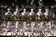 The Louis Vuitton Yayoi Kusama windows at Printemps Paris.© Louis Vuitton