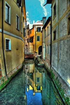 Treviso, canale by forastico, via Flickr