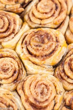 Spiced Cinnamon Buns with Caramel Drizzle- sweet and buttery they are made with versatile puff pastry and ready in 30 minutes!