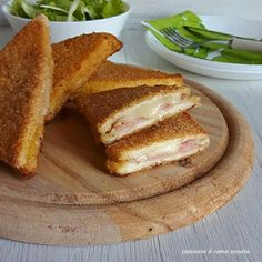Baked breaded sandwiches Cooking is like loving-Tramezzini impanati al forno Brunch, Crepes, Meat Recipes, Cooking Recipes, Good Food, Yummy Food, Tasty, Mozzarella, Fast Easy Meals