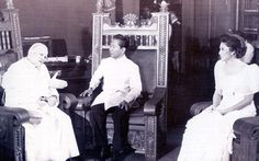 President Ferdinand Marcos (centre) talks with Pope John Paul II (left) and Imelda Marcos at Malacanang Palace in 1981.