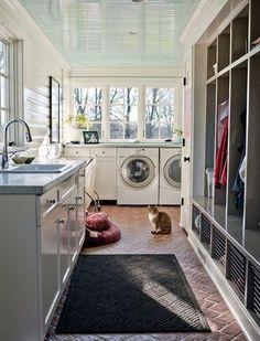 Laundry and Entryway combo. Wall storage entry idea