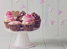 Cupcake Wars' Candace Nelson Shares a Favorite Recipe Peanut Butter Cupcakes, Home Flowers, Cupcake Wars, Cake Smash, Cupcake Recipes, Birthday Decorations, Beautiful Cakes, Food Network Recipes, Food Inspiration