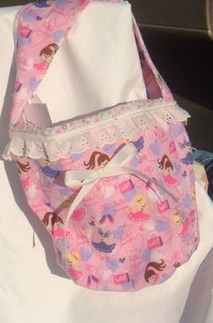 Little girl's ballerina print purse.