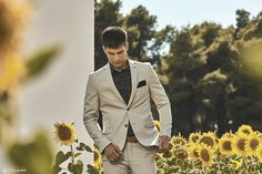 Official fashion campaign for Spring/Summer 2017 Ss 2017, Mans World, Mens Fashion, Fashion Outfits, Mens Clothing Styles, Stylish Men, Scenery, Street Wear, Campaign