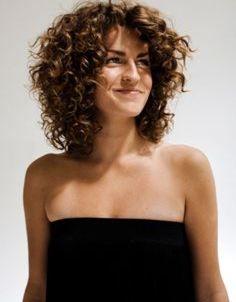 top-10-medium-length-bang-haircuts - Hollywood Official