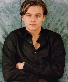 He was so beautiful Beautiful Boys, Beautiful People, Leonardo Dicapro, Same Old Love, Young Leonardo Dicaprio, Hollywood Actor, Cute Guys, Actors & Actresses, Jake Sparrow