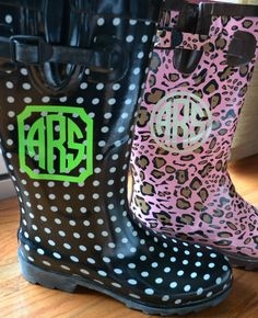 A. Liz Adventures: I Monogrammed My Rainboots: Review + Giveaway!