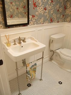 vintage bathroom tile and sink.  Do I need legs like this for my original sink?