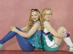 Dove Cameron talks about filming Disney Channel's new show Liv and Maddie Liv And Maddie Actress, Liv Et Maddie, Disney Channel Movies, Disney Channel Shows, Liv Rooney, Dove Cameron Style, Inka, Nickelodeon, Girly