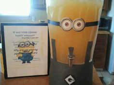 Minion Party: should be purple for the purple minion juice Minion Party Theme, Despicable Me Party, 5th Birthday Party Ideas, Minion Birthday, Boy Birthday, Minion Baby Shower, Party Time, Supermom, Birthdays