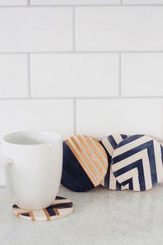 always rooney: DIY Indigo & Copper Coasters Ceramic Coasters, Wood Coasters, Home Crafts, Diy Home Decor, Diy And Crafts, Summer Crafts, Coaster Furniture, Furniture Usa, Diy Crafts
