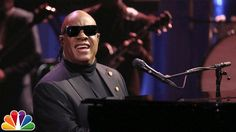 """Stevie Wonder Sings """"Isn't She Lovely"""" & A Special Version of """"My Cherie Amour"""" to Michelle Obama"""