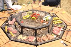 La mesa con barbacoa incorporada