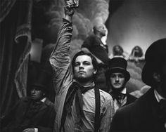 Leonardo Dicaprio on the set of Gangs of New York, Cincecitta Studios, Rome, Photo by Brigitte Lacombe. Brigitte Lacombe, Leonardo Dicaprio, Vivre A New York, Gangs Of New York, Fiction Film, Day Lewis, Celebrity Photographers, Martin Scorsese, Hot Actors