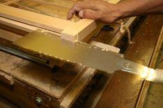 Japanese Joinery - Shoji Screen Process Japanese Wood Joints, Japanese Joinery, Japanese Woodworking, Japanese Interior, Modern Interior, Shoji Doors, Woodworking Essentials, Shoji Screen, Butcher Block Cutting Board