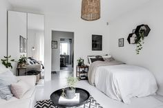 Studio apartment via Reveny  gravityhomeblog.com - instagram - pinterest - bloglovin