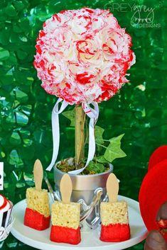 Queen of Hearts, Alice in Wonderland, Valentines Day Valentine's Day Party Ideas | Photo 2 of 27