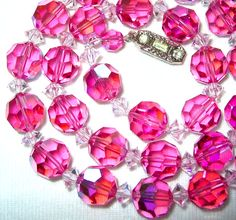 Wonderful .  VINTAGE 1950'S to 60'S SWAROVSKI ROSE PINK AB AURORA BOREALIS CRYSTAL GLASS BEADS NECKLACETHE NECKLACE MEASURES 17.2 / 43.5 CM LONG INCLUDING THE...