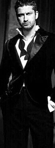 Gerard Butler oh my!!!