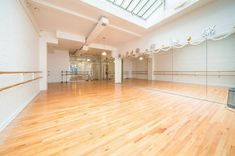 This natural wood floor, 1000 feet dance studio has a bright and inviting atmosphere with the sun or the stars shining through a beautiful skylight. Home Dance Studio, Dance Studio Design, Studio Room, Dance Hip Hop, Tap Dance, Pole Dance, Just Dance, Dance Moms, Unique Floor Plans