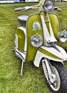 http://scooterscene.tumblr.com/post/154719058014