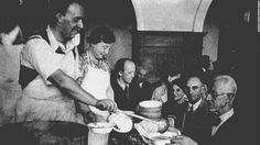 Food served to Jewish refugees in Shanghai.