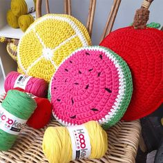 DIY Crochet Pattern Fruity Cushions RibbonXL Projetos para experimentar DIY Crochet Pattern Fruity C Diy Crochet Patterns, Crochet Pillow Pattern, Crochet Cushions, Knitting Patterns, Crochet Blocks, Afghan Patterns, Square Patterns, Blanket Crochet, Crochet Granny