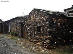 Sobre la arquitectura folclórica.   ARQUITECTURA de CASAS