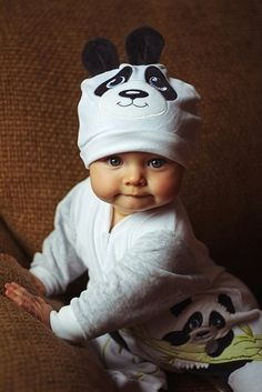 Oh my gosh, can you handle those cheeks?! The cutest little panda baby.