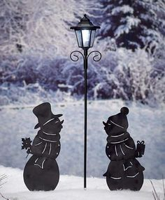 Dress up your yard this winter with a Snowman Solar Silhouettes. Each snowman is…