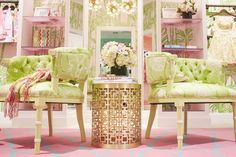Visual merchandising post at Lilly Pulitzer blog. They really know how to create and environment that transports you to another state of mind!