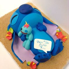 Cassiopée Designs Disney Desserts, Cute Desserts, Disney Cakes, Disney Food, Lilo And Stitch Cake, Lilo And Stitch Quotes, Lilo E Stitch, Cute Stitch, Cute Cakes
