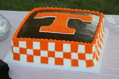 TN VOLS GROOMS CAKE
