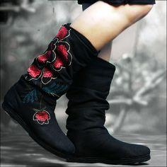 Hand made Fabric Shoes - Schwarz von Buuki's Store auf DaWanda.com