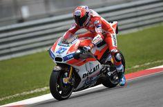 MotoGP: Casey Stoner confirmado para os testes oficiais